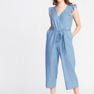 NWT Old Navy Chambray Tie Waist Jumpsuit Sz L